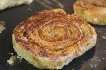 Cinnamon_Roll_French_Toast03_large